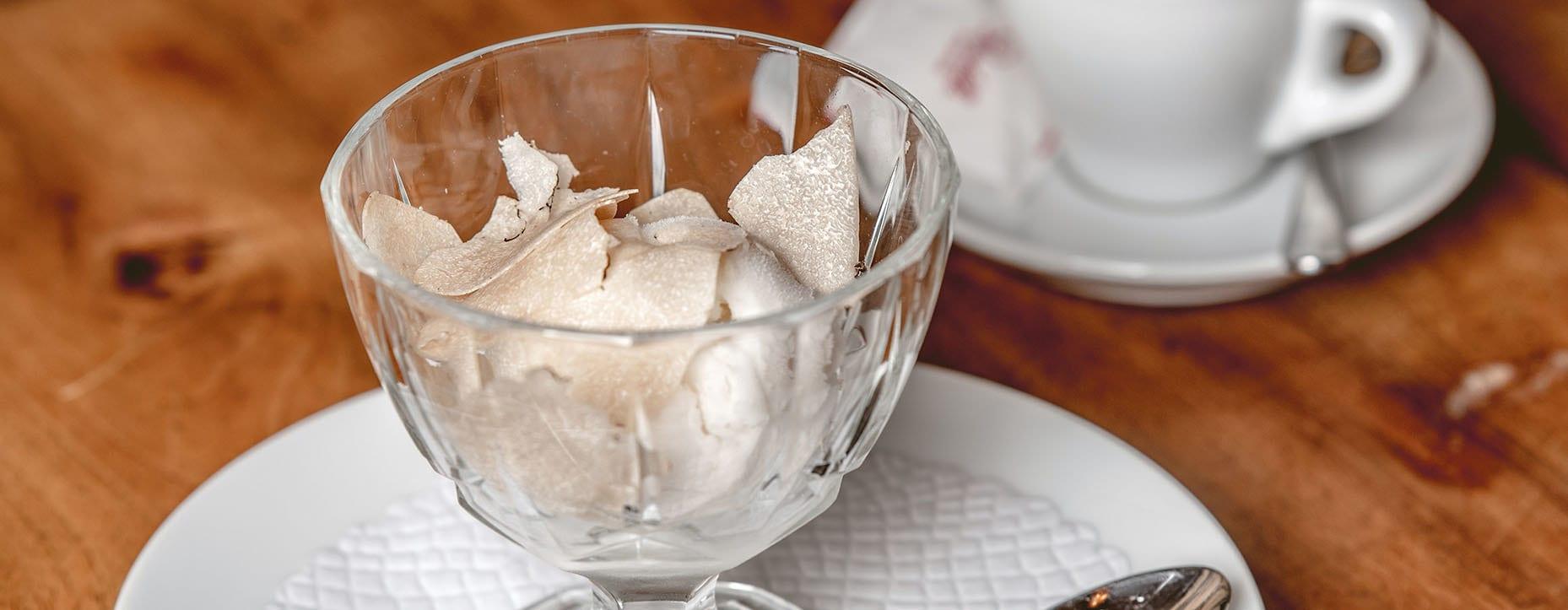 Gelato di vaniglia al tartufo